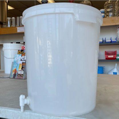 Plastic Fermenter Bucket 8 Gallon with Spigot